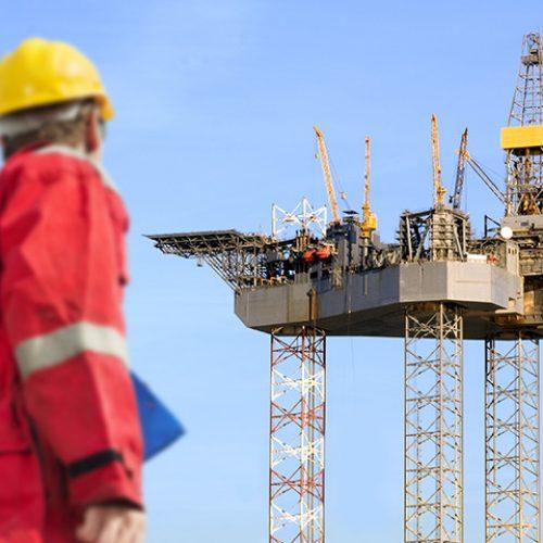 دورات السلامه التخصصيه – حقول النفط