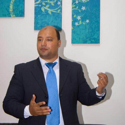 أستاذ /عصام درويش عبد العاطي